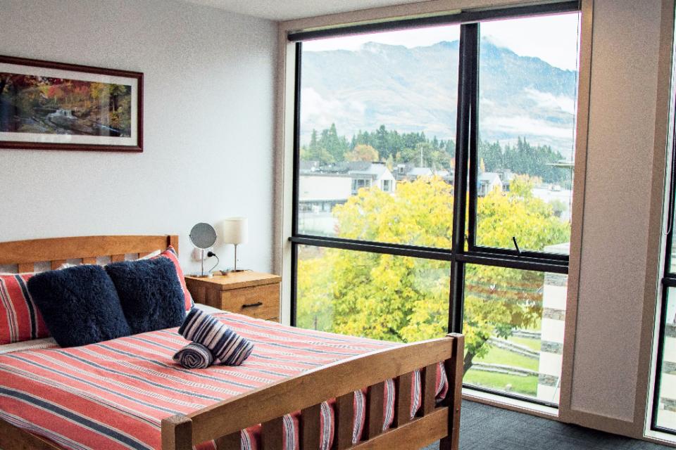 Adventure Q2 Hostel