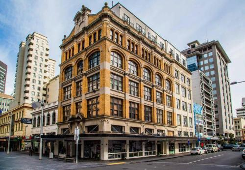 Best Backpacker Hostels in Auckland - Fort Street Accommodation