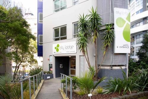 Best Backpackers Hostels in Auckland - City Garden Lodge
