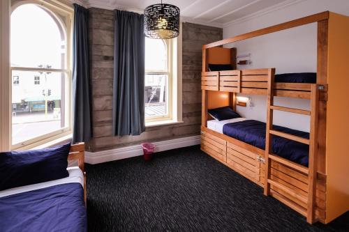 Best Backpacker Hostels in Auckland - Haka Lodge Auckland