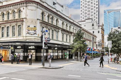 Best Backpacker Hostels in Auckland - Queen Street Backpackers