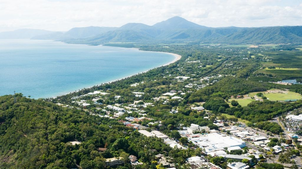 Day Trips from Cairns - Port Douglas