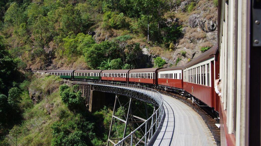 Day Trips from Cairns - The Scenic Railway, Kuranda