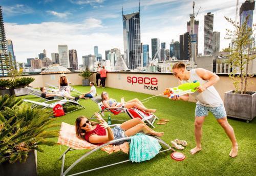 Space Hotel Melbourne