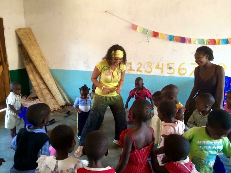volunteering at the primary school in Malawi 2